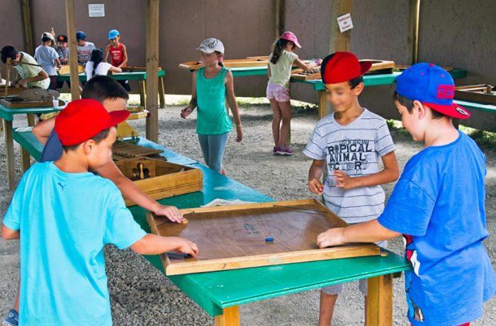 Groupes scolaires, centres de loisirs