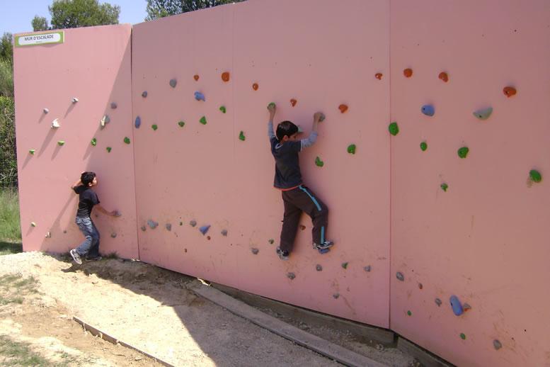 jeux g ants ring mur d 39 escalade damier g ant piscine balles. Black Bedroom Furniture Sets. Home Design Ideas